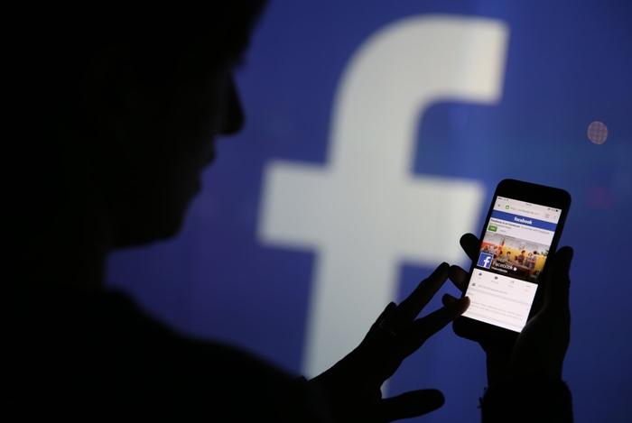 934 triệu người dùng Facebook trên di động mỗi ngày