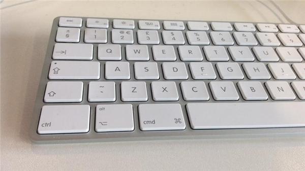 Tại sao bàn phím lại không được sắp xếp theo thứ tự bảng chữ cái