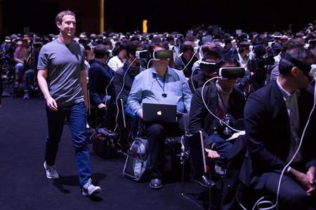 """CEO Facebook bất ngờ """"cướp"""" sân khấu ra mắt Samsung Galaxy S7"""