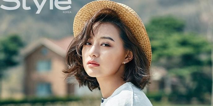 """Sau """"Hậu duệ mặt trời"""", Kim Ji Won trở thành nữ quân nhân """"vạn người mê"""""""
