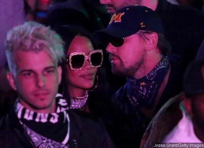 Rihanna và Leonardo lại dấy tin đồn hẹn hò
