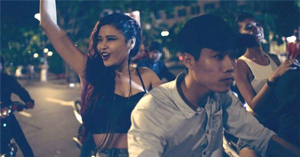 Trương Quỳnh Anh bất ngờ bị công an bắt vì tội đua xe