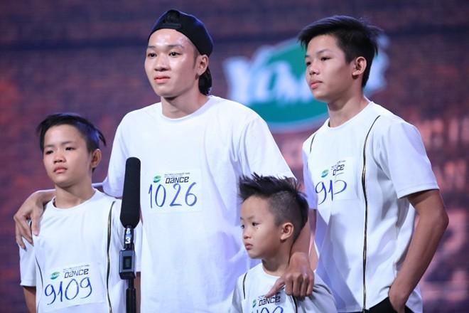 Việt Hương tài trợ tiền học cho 3 bé mồ côi mẹ