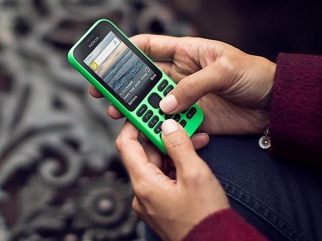 Điện thoại cục gạch bán chạy hơn iPhone ở Việt Nam