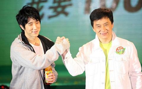 Con trai Thành Long từng vỗ ngực xưng vua ở Bắc Kinh