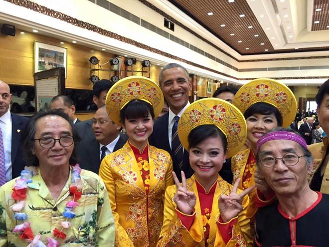 Tổng thống Obama nghe dân ca quan họ Bắc Ninh