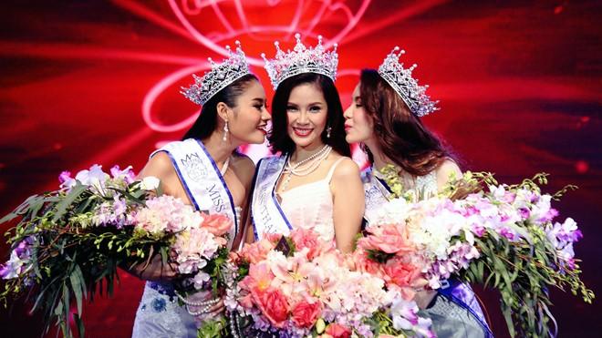 Thí sinh từng bị loại bất ngờ đăng quang Hoa hậu Thái Lan
