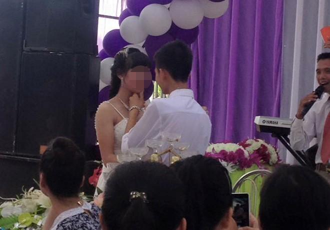 Phạt hành chính đám cưới cô dâu, chú rể 16 tuổi