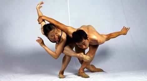 Kể chuyện đất trời bằng múa đương đại và nhạc dân tộc