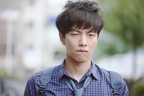 Tài tử Hàn bị điều tra tội cưỡng dâm khi đang đi lính