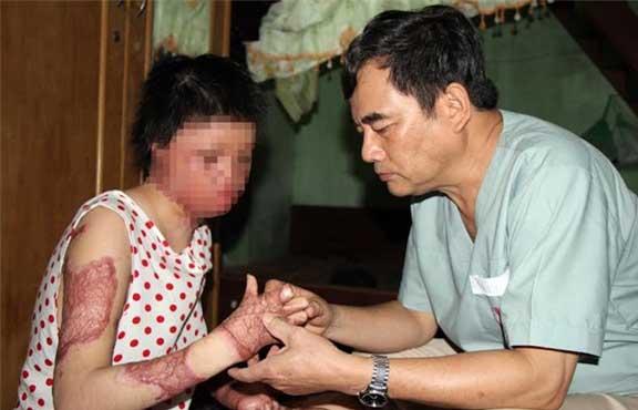 Tin vui thắp lên hi vọng cho cô gái bị chồng tẩm xăng thiêu sống
