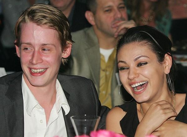"""Mila Kunis chia sẻ về tình yêu với sao """"Ở nhà một mình"""""""