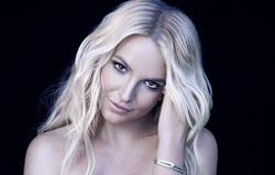 Britney Spears khoe ảnh bán nude, mặc lời chê bai về MV mới