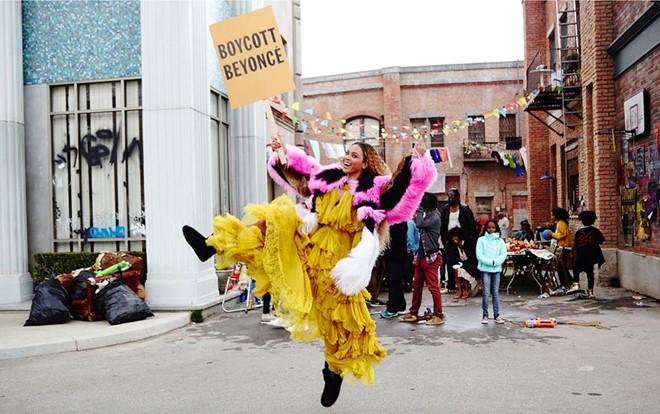 """Beyoncé quậy tưng bừng trong loạt ảnh hậu trường """"Lemonade"""""""