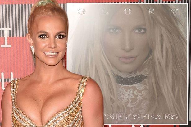 Britney Spears: Sáng chơi Pokémon GO, tối đi hát