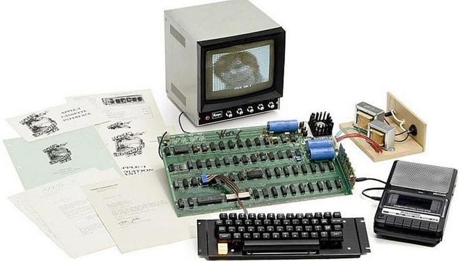 Máy tính Apple I đồ cổ giá 815.000 USD