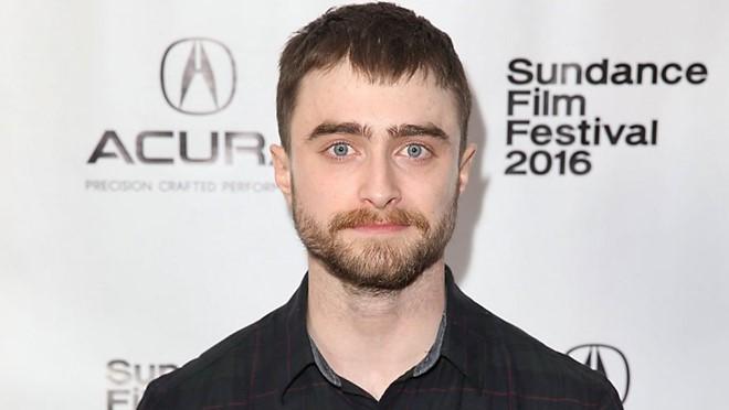 Daniel Radcliffe lần đầu trả lời việc trở lại Harry Potter
