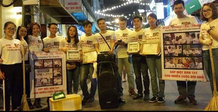 Những người hát rong làm từ thiện