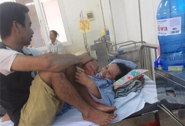 """Bất ngờ đoạn đối thoại """"sến sẩm"""" ở bệnh viện của đôi vợ chồng tứ tuần"""