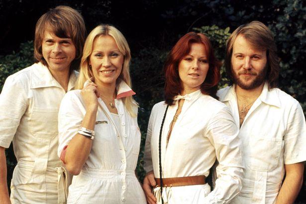 Nhóm nhạc huyền thoại ABBA dự định tái hợp vào năm 2018
