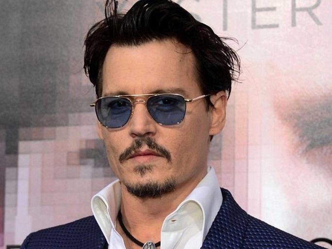 Fan thế giới phù thủy phản ứng trái ngược về Johnny Depp