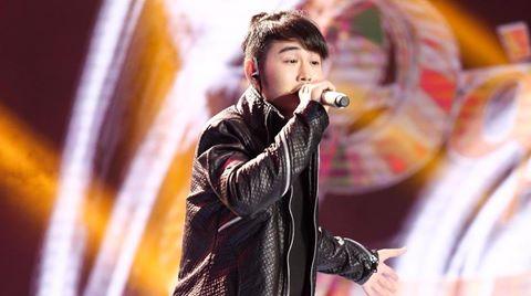 Giám khảo Sing My Song tranh giành chàng trai phi giới tính