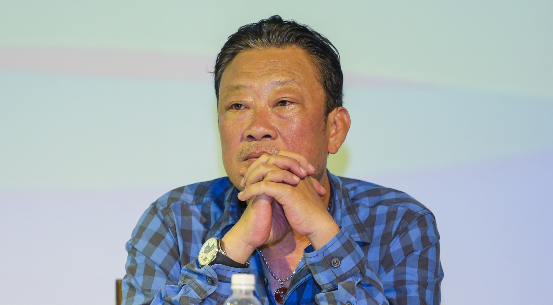 Bảo vệ quyền nghệ sĩ Việt Nam trên mạng xã hội