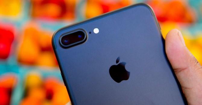 iPhone 7 Plus gặp vấn đề camera