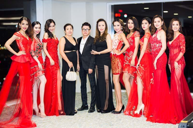 Người đẹp thêm rạng ngời đêm Noel với áo dài và dạ hội của NTK Tommy Nguyễn