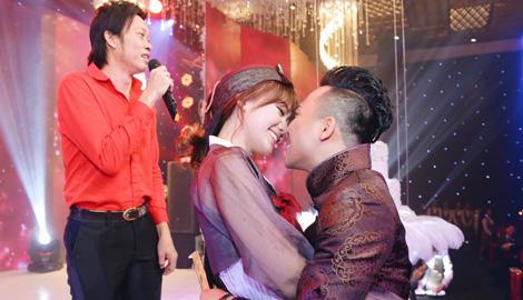 Trấn Thành, Hari nhảy sung cùng Hoài Linh và dàn sao Việt