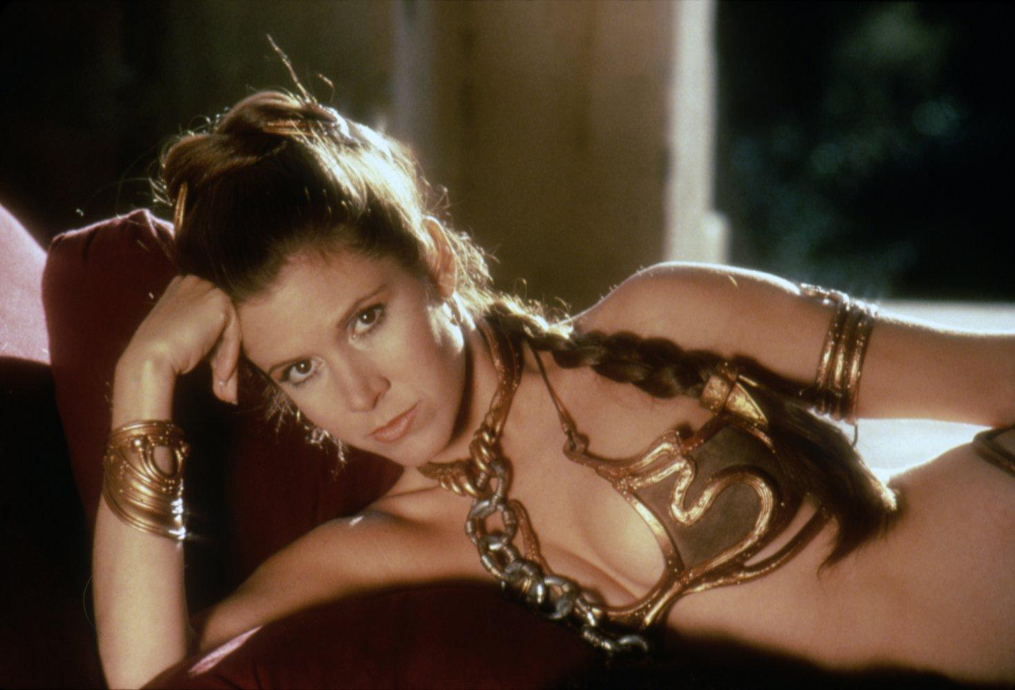 """""""Công chúa Leia"""" của Star Wars qua đời ở tuổi 60"""
