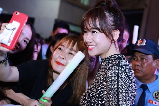 Hari Won chia sẻ mong muốn sớm có con trong đêm nhạc