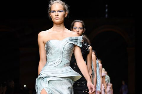 Versace từ bỏ tuần lễ thời trang cao cấp