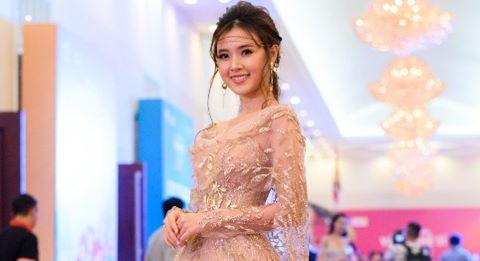 Dàn sao Việt xúng xính dự hội xuân