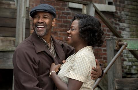 Nỗ lực đổi màu da tại Oscar 2017