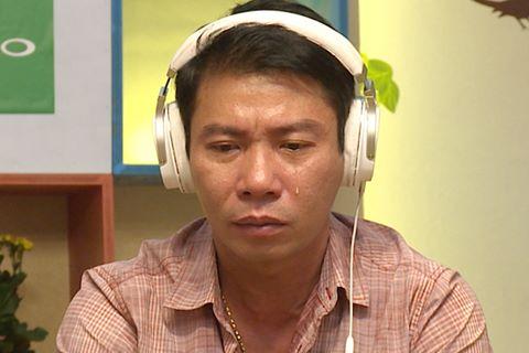 Công Lý rơi nước mắt khi cha nói về chuyện ly hôn Thảo Vân