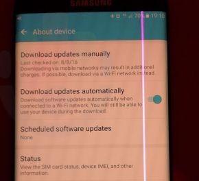 Galaxy S7 edge bị tố lỗi màn hình sọc hồng