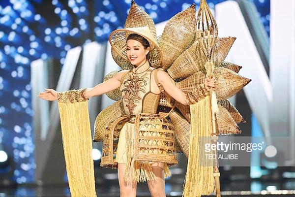 Dấu ấn thời trang Việt tại Hoa hậu Hoàn vũ 2016