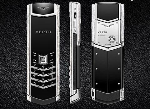 Những chiếc điện thoại Vertu đắt nhất Việt Nam