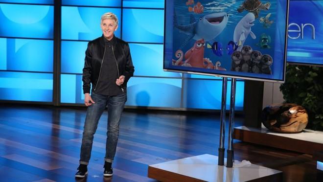 "Ellen DeGeneres mượn ""Finding Dory"" chỉ trích Donald Trump"