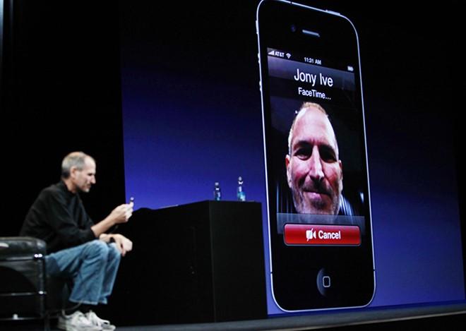 Apple làm hỏng FaceTime, ép người dùng nâng cấp iOS 7