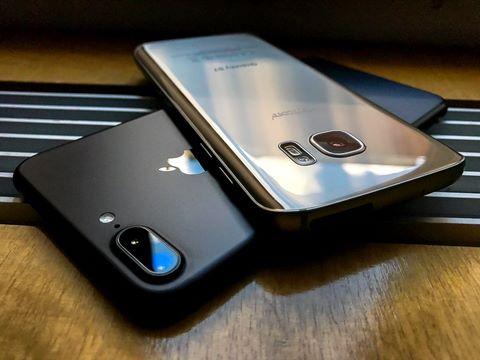 Smartphone pin rời đã chết