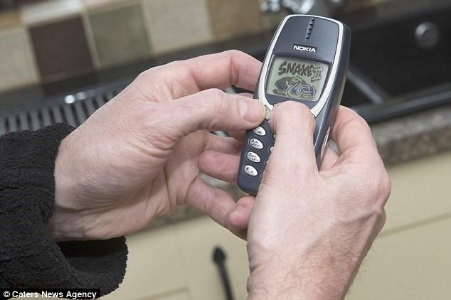 Nokia 3310 sau 17 năm vẫn xài tốt