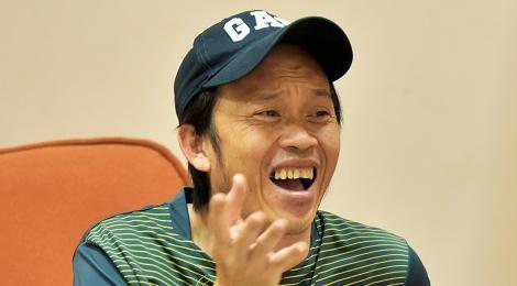 Hoài Linh bình dân đi quay hình game show