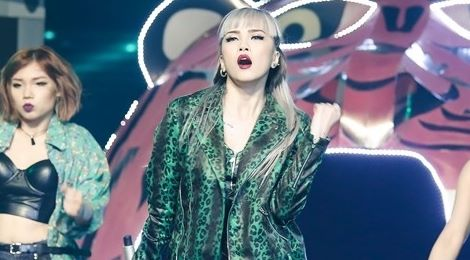 """""""Bạn gái tin đồn"""" của Sơn Tùng bị chê hát sai đề ở The Remix"""