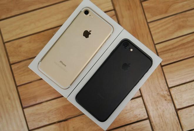 """Mua iPhone 7, bạn đã chọn sai iPhone"""