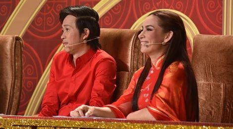 """Phi Nhung bị Hoài Linh nhắc nhở vì """"cuồng"""" thí sinh"""