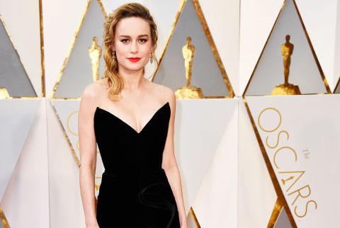 10 bộ đầm đẹp nhất thảm đỏ Oscar 2017