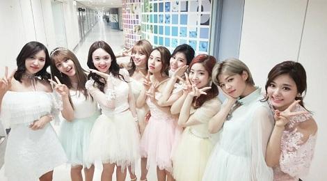 """EXO, BTS và Twice """"trắng tay"""" tại Korean Music Awards"""