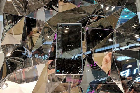 Di động mới của Sony xứng đáng ở trong viện bảo tàng